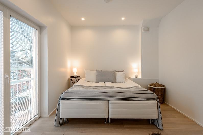 Makuuhuoneet ovat rauhalliselle sisäpihalle päin